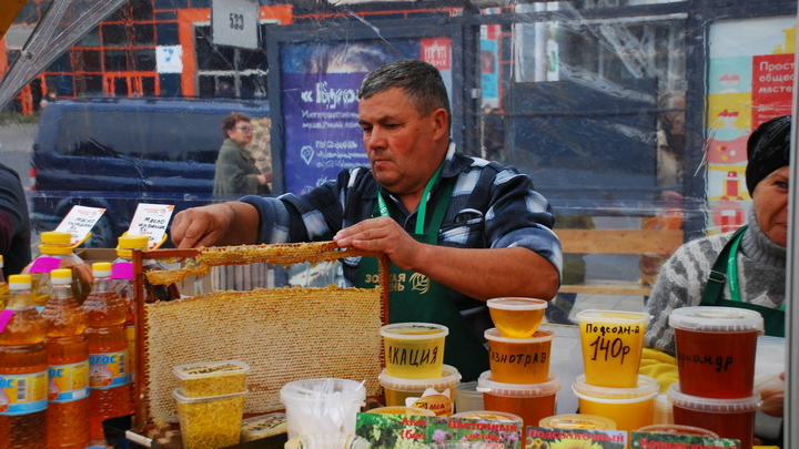 Светофор для продуктов питания в России. Где не появится новая маркировка, и зачем она нужна