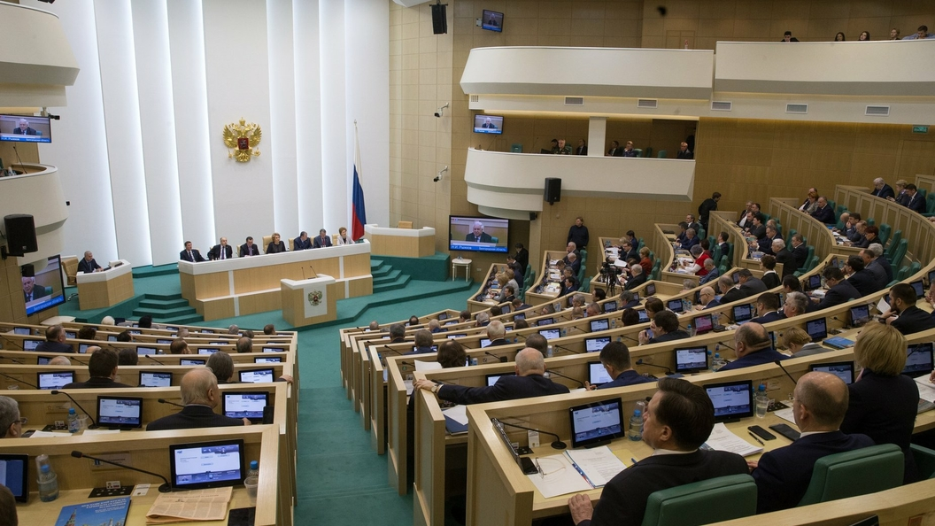 «Это просто неприлично»: В Совфеде ответили на призыв Волкера ужесточить санкции ЕС против России