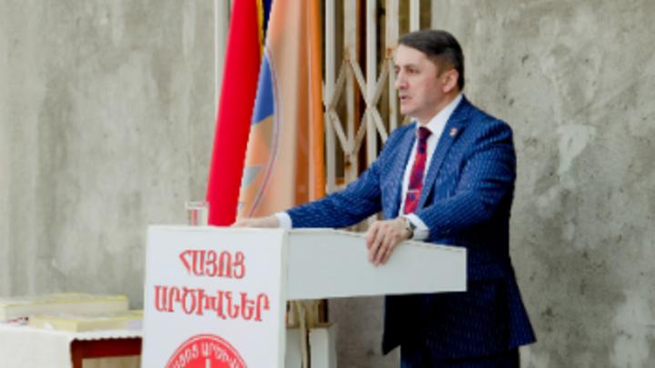 В Армении обвинили Запад в попытках втянуть Россию в войну между Арменией и Азербайджаном