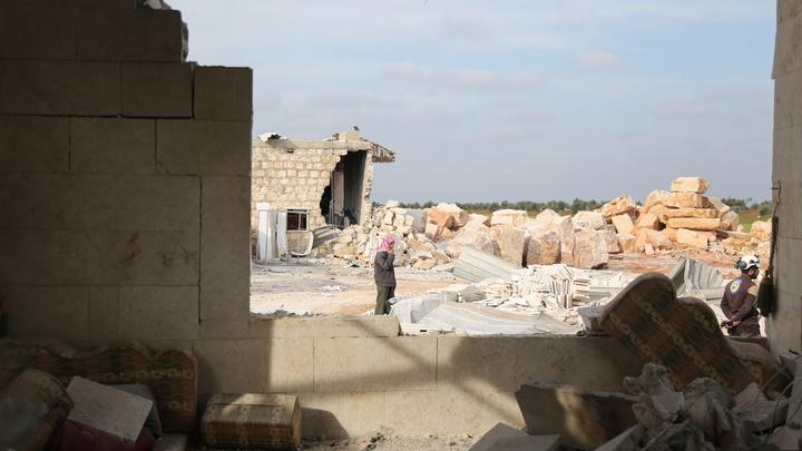 Курды по указке США развернули колонну с гумпомощью жителям Сирии