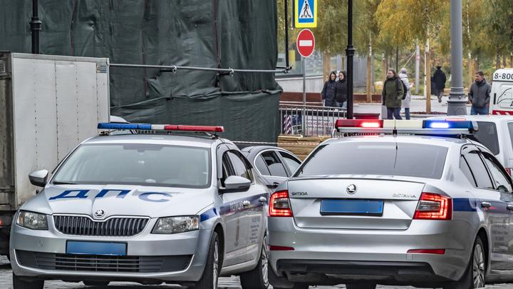 Не снижая скорости, влетели в КамАЗ: Три гаишника насмерть разбились в ДТП