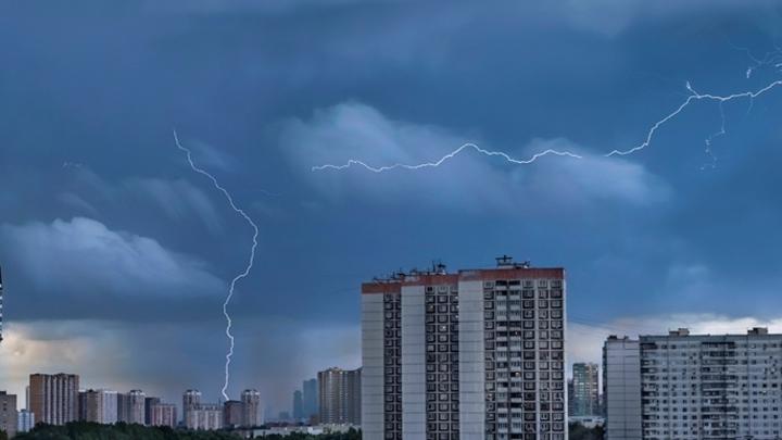 Синоптики предупредили о грозах с градом в Кузбассе