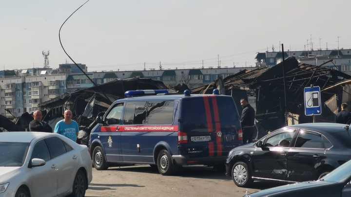 Новосибирцы снова заметили дым на сгоревшей газовой автозаправке