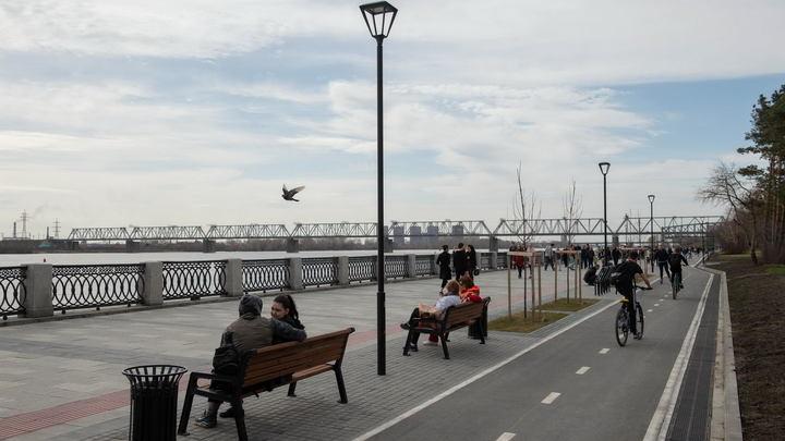 12-летнюю девочку снесло течением с набережной Оби в Новосибирске