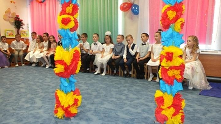 Родители против: в раздевалке детского сада в Челябинске установили камеры наблюдения