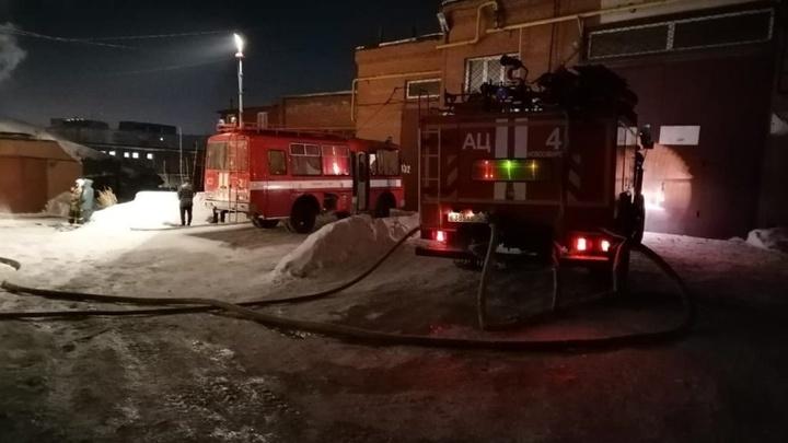 Стали известны подробности гибели новосибирцев при пожаре в гаражном кооперативе