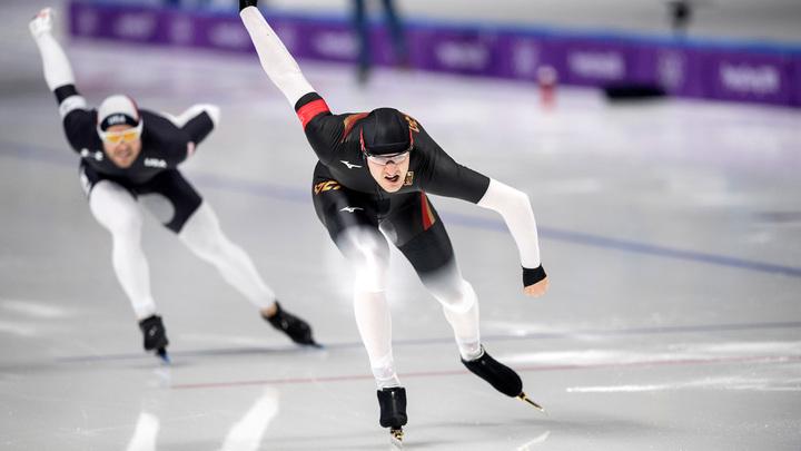 В Голландии 10 лет пытаются отобрать у конькобежцев «законный допинг»