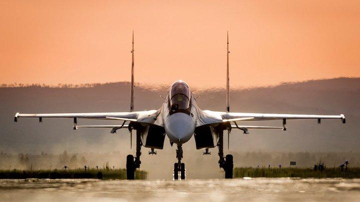 Перехват над Чёрным морем: Российский Су-30СМ поприветствовал самолёты-разведчики НАТО