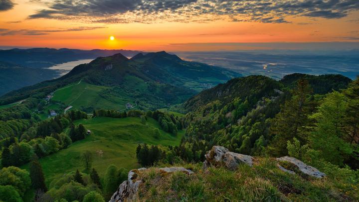 Дешевле чашки кофе: Швейцария завлекает новых жителей полуразрушенными домами