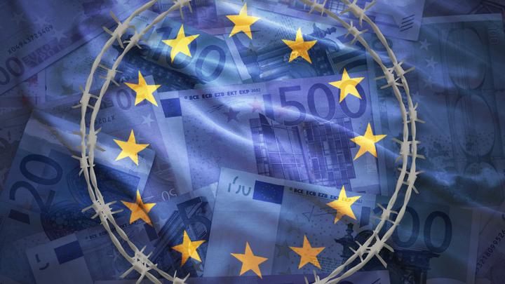 Либо демократизируйся, либо голодай: ЕС будет наказывать непокорные страны