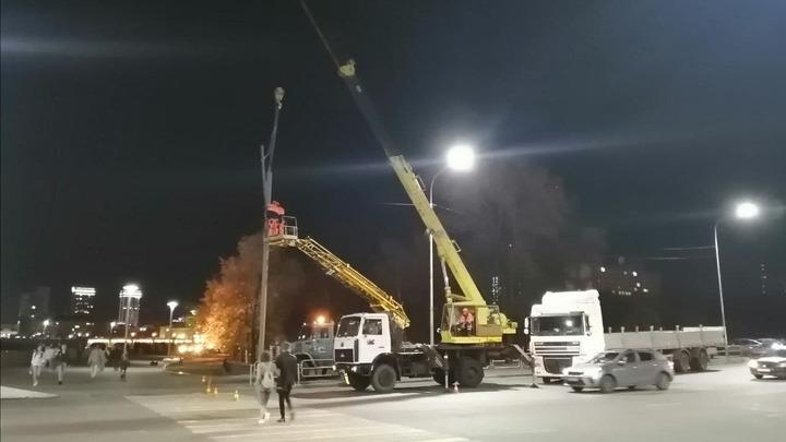 В мэрии объяснили, почему не работает новый светофор на набережной у Мегаполиса в Челябинске