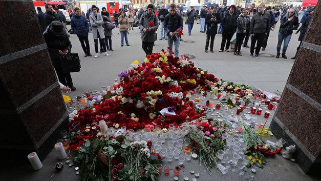 Почему люди пошли на концерты в день терактов в метро
