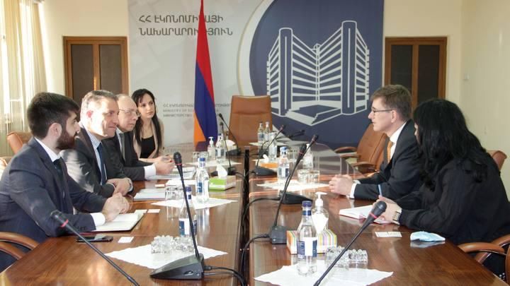 Нидерланды позаботятся о будущем Армении