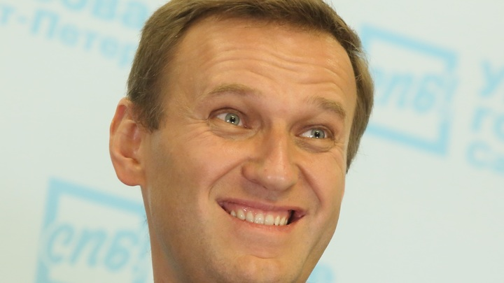 В клеточку - ради Навального: Новый тренд заставил народ ахнуть: Секта