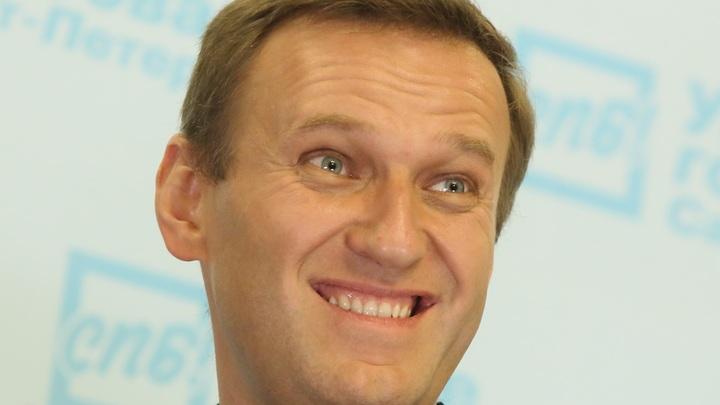 Навальный покусился на славу Савченко: Лежу голодный