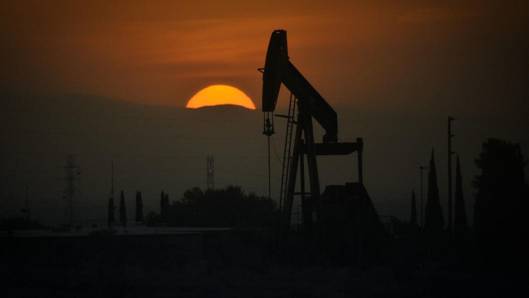 Мировые цены нанефть понижаются