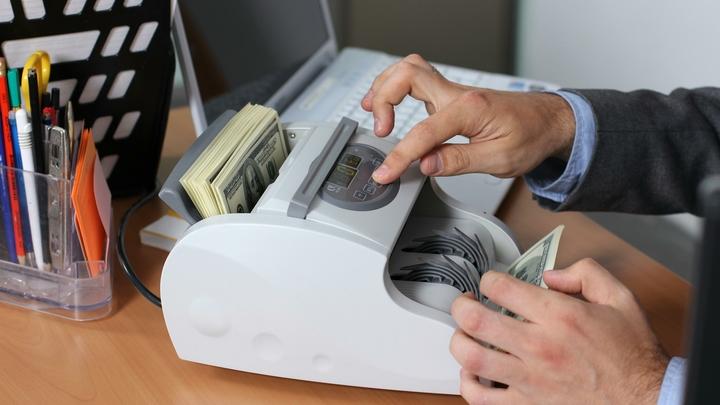 На Кубани бухгалтер подделала подпись директора и приобрела товаров на 28 млн рублей