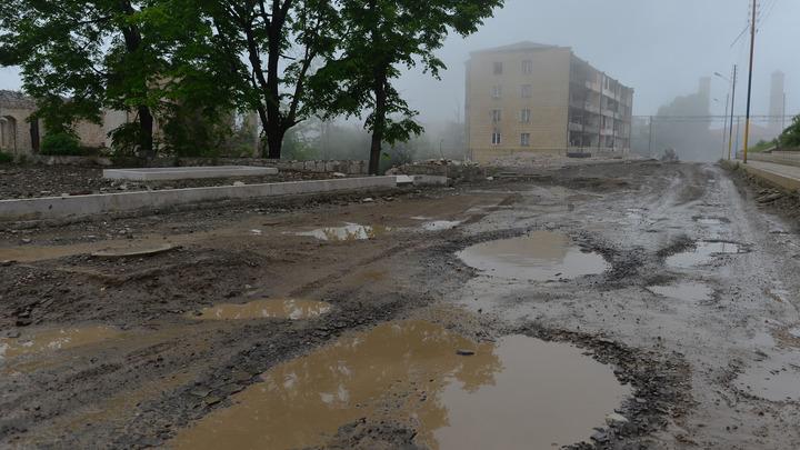 Не через адское же ущелье ехать: Баку не может попасть в свою Шушу