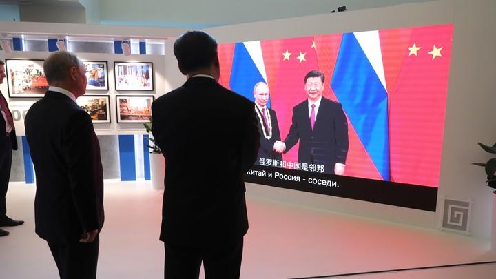 Россия и Китай подписали три новых оружейных контракта. Сотрудничество в круге «земля, вода, воздух»