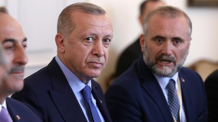 Дубль дня: Эрдоган назвал Крым украинским и… одёрнул Зеленского в речи против России