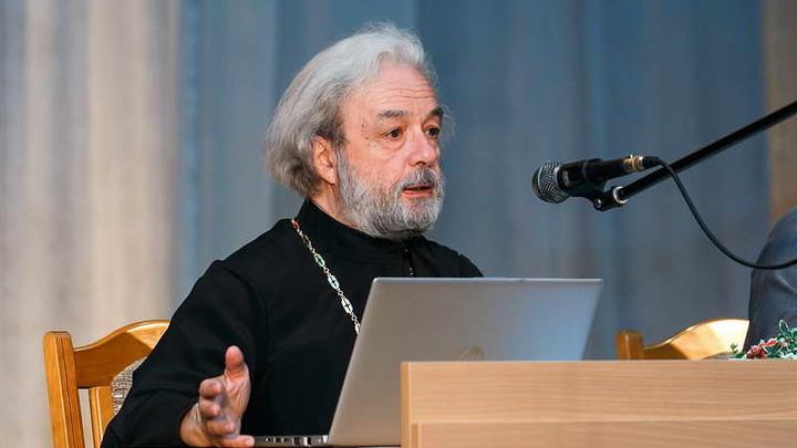 Основатель и бывший духовник Правмира протоиерей Александр Ильяшенко заявил о разрыве с этим ресурсом