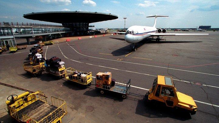 Что происходит в Шереметьево? Аэропорт отрицает сбой в системе регистрации