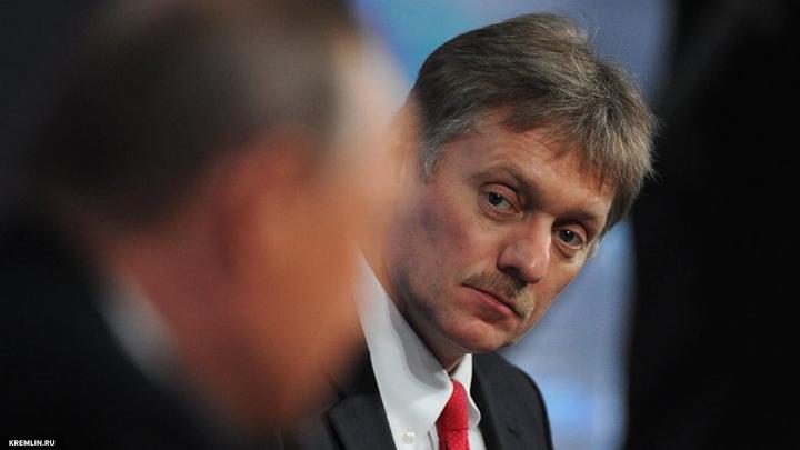 Песков рассказал, как в Кремле восприняли трамповский крепкий орешек в отношении Путина