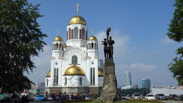Крестный ход в Екатеринбурге в память от последнем Царе России собрал более 100 тысяч человек