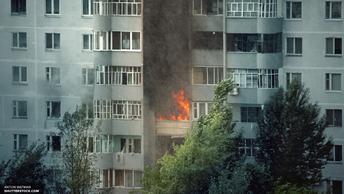 Прохожие в Томске спасли 9-летнего мальчика из полыхающей квартиры