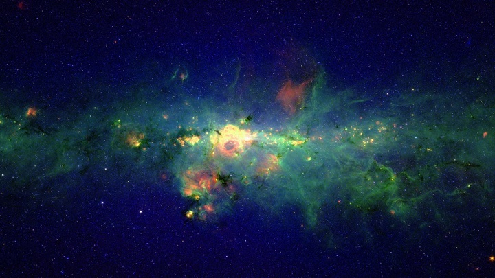 Это не слияние звезд: Ученые засекли мощные периодичные сигналы из космоса