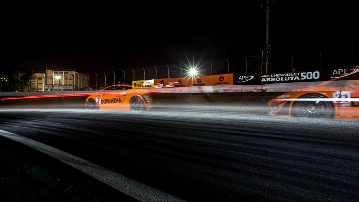 Ураган на колесах: в Сети появились фото самого мощного спорткара от Porsche