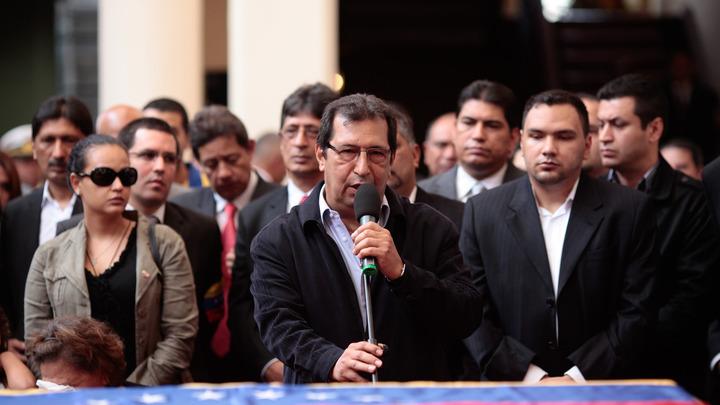 Брат Уго Чавеса не даст похоронить идею Боливарианской республики в угоду американским провокаторам