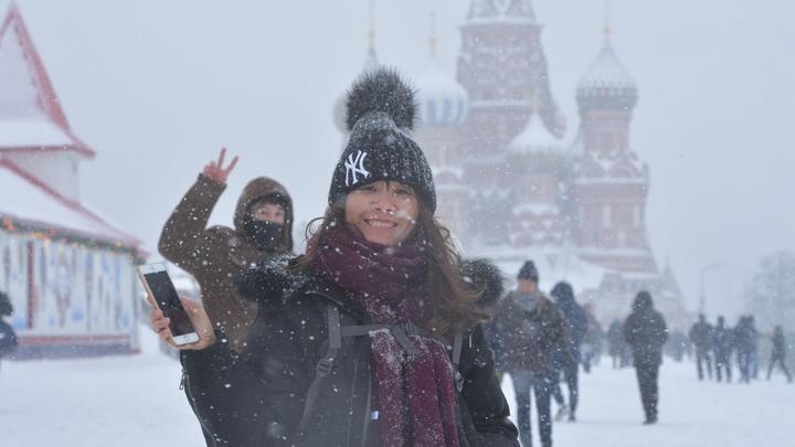 Вот это поворот: Из-за антироссийской пропаганды американские туристы кинулись в Москву