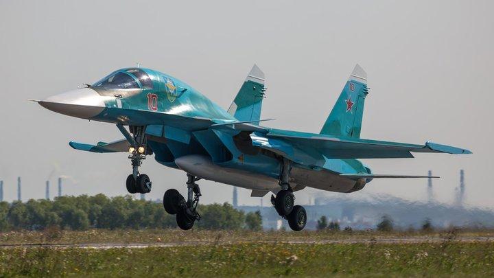 Свои через броню С-300 прорвались: Су-34 на учениях манёвренно подобрались к Воронежу