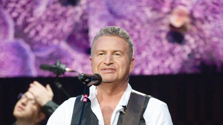 Агутин вышел в финал американской Песни года: Причём сразу в двух номинациях