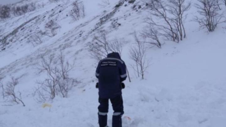 Деловой подход: пока в Хибинах умирала девочка, вертолет МЧС зарабатывал деньги