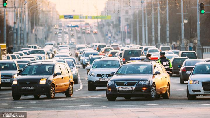 В России с начала года вырос выпуск легковушек и автобусов