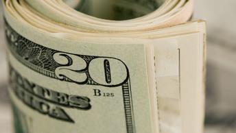 Доллар США рухнул до трехлетнего минимума