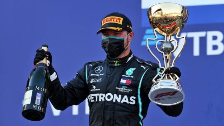 Мерседес выиграл в Сочи: гонку выиграл Валттери Боттас
