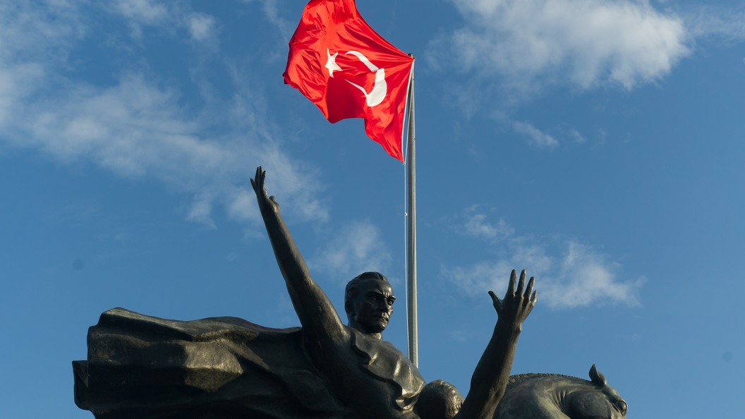 Австрия запретила въезд встрану турецкому министру экономики