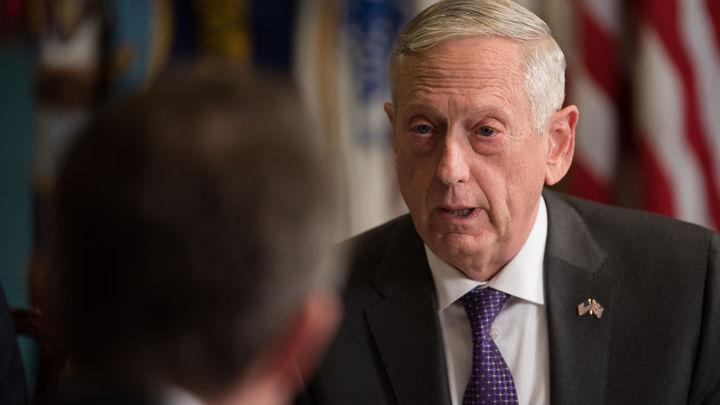 Там же не было русских: Глава Пентагона оправдал удар по проправительственным силам в Сирии