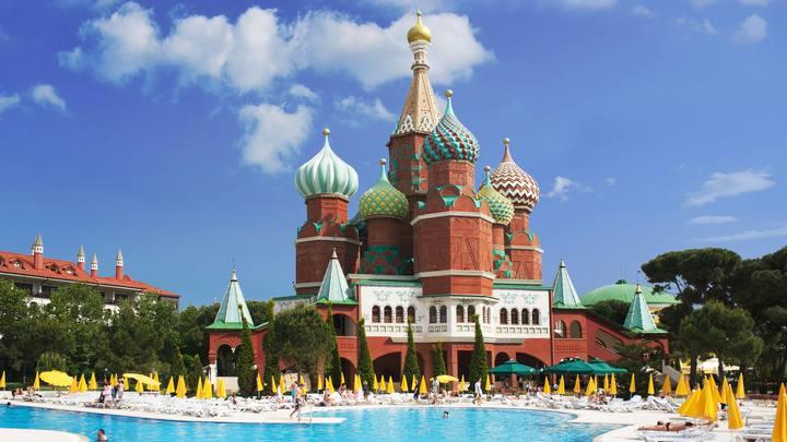 Российские туристы нашли способ отдохнуть в Турции all inclusive бесплатно