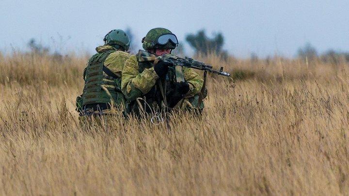ВСУ танками, артиллерией и авиацией отбили атаку несуществующих русских десантников