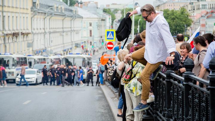 Что с ожившими мертвецами? Соловьёв задал неудобные вопросы митингующим независимым в Москве
