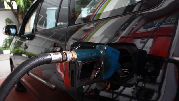 Путин всегда против повышения цен на бензин — Песков
