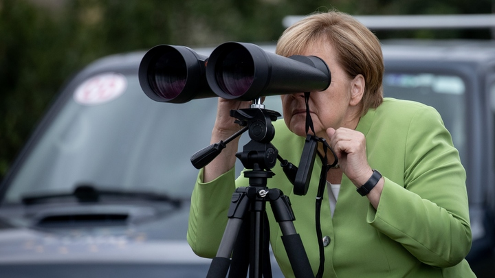 Меркель осудила немцев, возмущенных преступлениями мигрантов