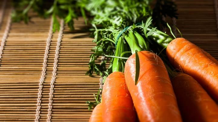 Кому нельзя есть морковь: Врач предупредила об опасности овоща