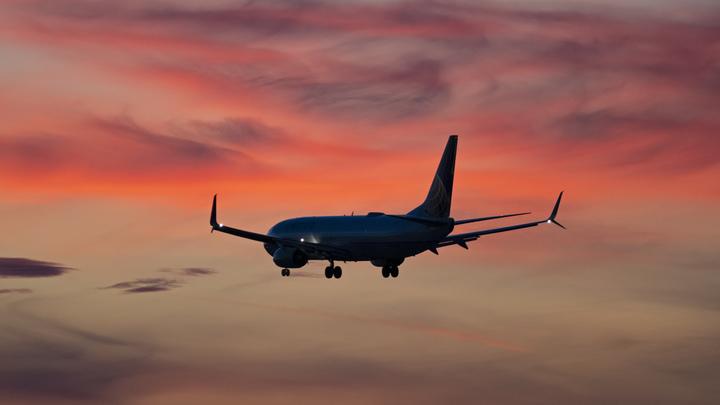 Boeing тратит очень большие деньги: В США сумбурно объяснили допуск 737 MAX 8 к полетам в июне