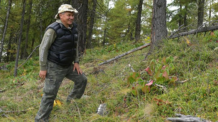 Человек за спиной у Путина. Кто он такой?