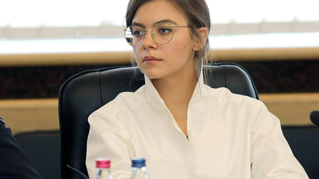 Победитель аукциона заплатит $382 за завтрак с 25-летней замглавы Авакова